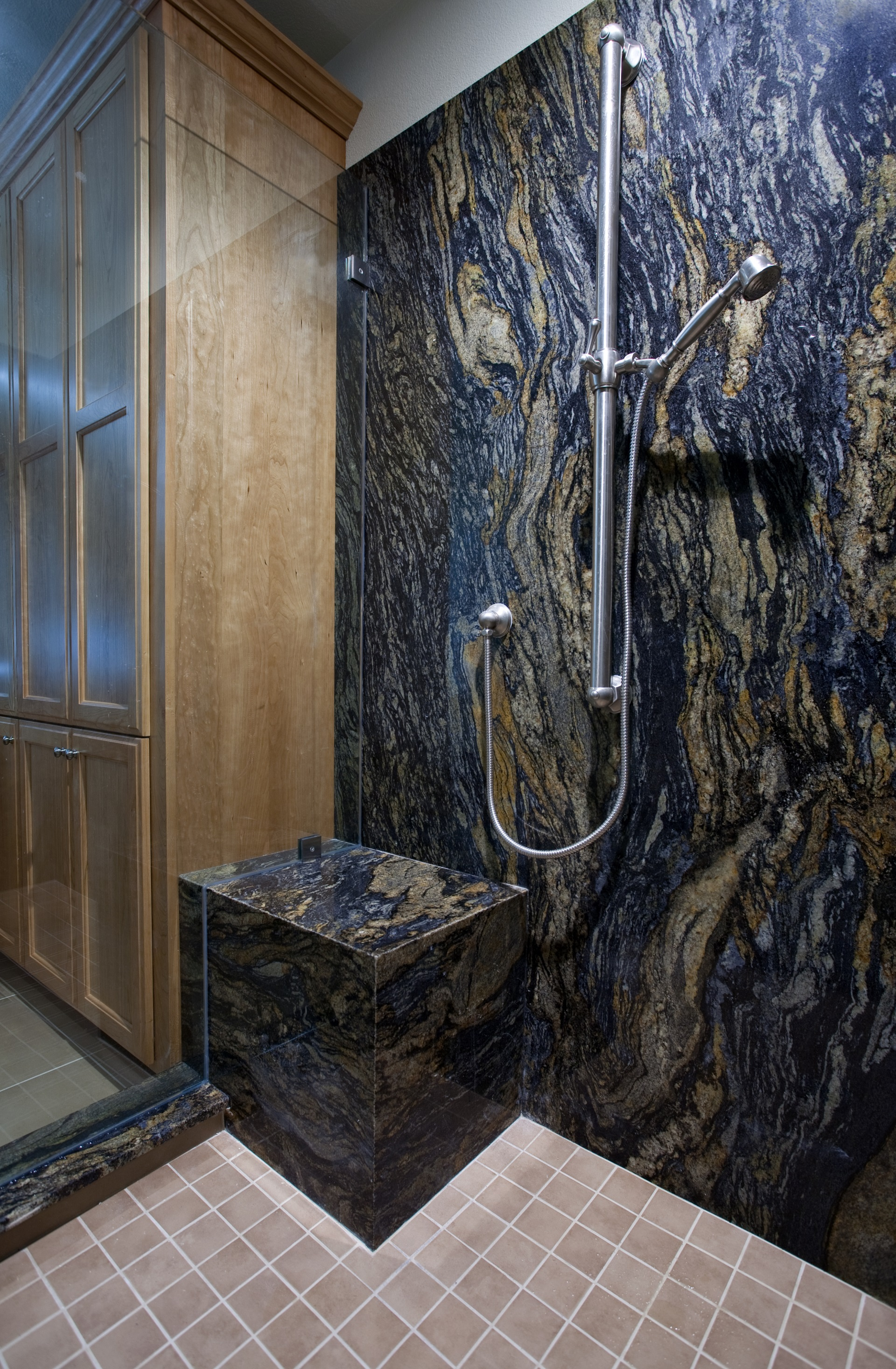 Bathroom cabinets san jose in manchester deebonk for Bathroom furniture quebec